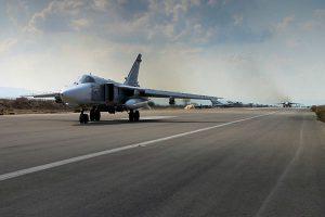 米の新たな攻撃に備えるため、シリア軍機がロシアの基地へ移動