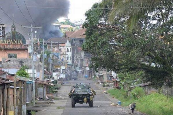 比南部におけるイスラム武装勢力との戦闘で死者104人、民間人の犠牲も