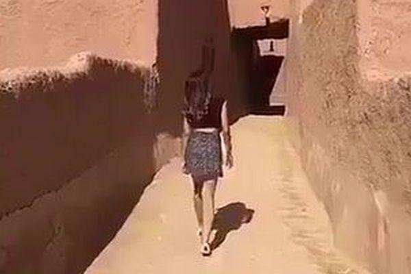 サウジの女性がミニスカートで歩く動画を投稿し、警察に逮捕される
