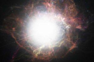 5000もの超新星で初めて…爆発を経ても死なない「ゾンビ星」を発見か