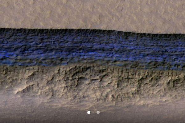NASAが火星の表面に氷を発見、8つの斜面で露出しているのを確認