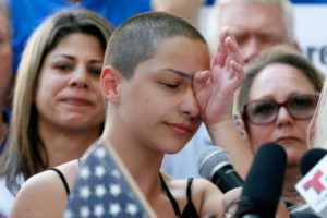 「恥を知れ!」フロリダ銃乱射事件の生存者が大統領や国会議員を激しく非難
