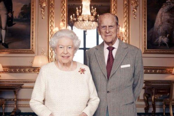 封印されたエリザベス女王暗殺未遂事件、諜報機関の極秘メモから明らかに