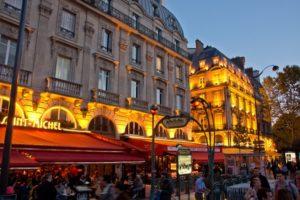 パリのカフェやビストロ、世界無形遺産登録に向けたキャンペーンを開始