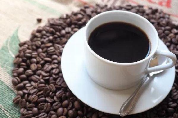 「コーヒーなんて生きるのに必要ないっしょ!」スイス政府の発言に批判の声