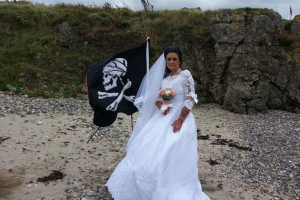 元旦那は海賊の幽霊、離婚にはエクソシズム?!アイルランド人女性が驚きの告白で話題に