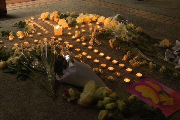 香港デモで3人目の自殺者、政府に抗議し命を絶った人のため通夜が行われる
