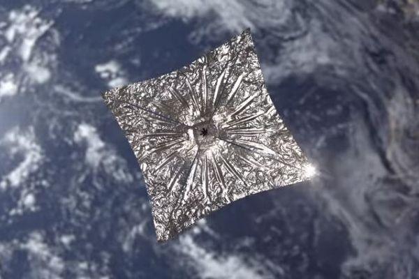 「ライトセイル2号」が太陽帆を開くことに成功、低コストの推進力として期待