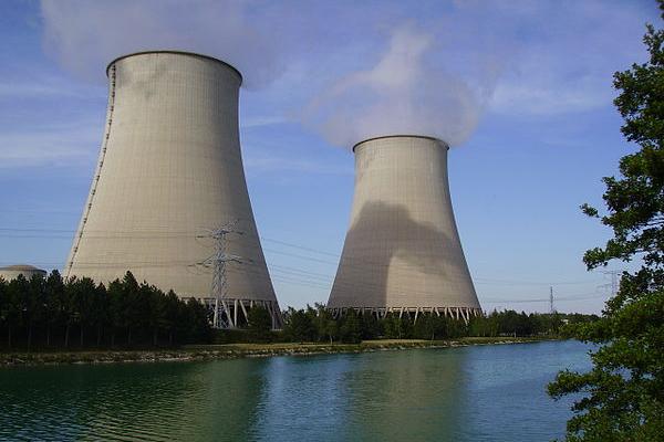 フランスが放射線予防のヨウ素剤を、さらに220万人に配布