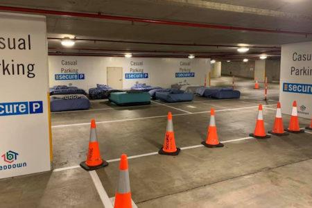 夜間の駐車場をホームレスの寝場所に 豪支援団体が新たな取り組み