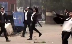 パキスタンで500名の弁護士が病院を襲撃、医師に暴行し、施設を破壊