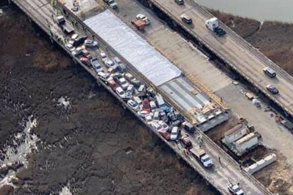 米バージニア州の高速道路で69台の玉突き事故、50人以上が負傷