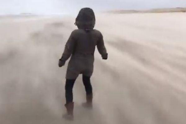 ヨーロッパを襲った嵐「Ciara」、暴風の凄まじさを示す動画が恐ろしい