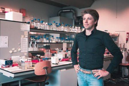 新型コロナとSARSの両方に効果がある完全ヒト抗体を特定:ユトレヒト大学