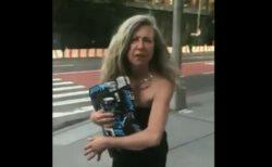 「このサルめ!」NYで白人女性が黒人女性に差別的な言葉を浴びせる