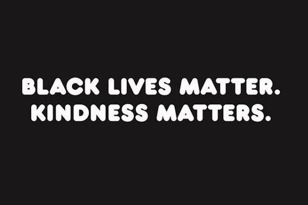 「ハローキティ」も黒人差別の抗議運動を支持、米国のサンリオがキャラクターで訴える