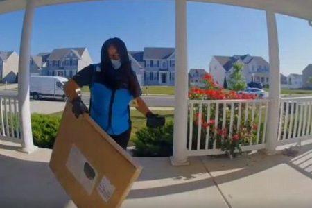「アブラカタブラ!」アマゾンの運転手がユニークな指示通りに配達【動画】