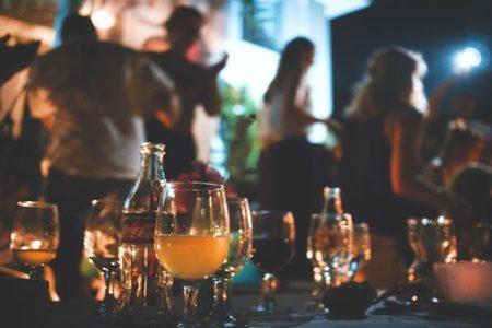 米アラバマ州の若者が、誰が最初に感染するかを試す「新型コロナ・パーティー」を開いているらしい