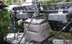 コンゴ民主共和国でUFOが墜落?ジャングルで見つかった物体に人々も困惑