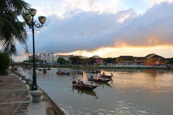 3カ月間新規感染者ゼロのベトナム、初めて新型コロナにより男性が死亡