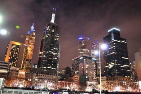 【新型コロナ】豪のビクトリア州でさらなる行動制限、メルボルンでは夜間外出禁止令
