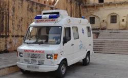 搬送中のコロナ患者女性を、救急隊員がレイプ【インド】