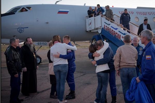 ソユーズ打ち上げ失敗の裏で生まれた感動の場面