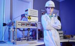 12才で自宅に核融合炉を作った少年がギネス世界記録に