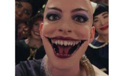 新作映画の魔女の描写についてアン・ハサウェイが手足の不自由な方々に謝罪