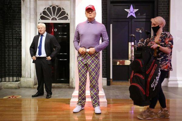 英のマダム・タッソーが、選挙で敗北したとみなしトランプ大統領の服をゴルフウェアに変更