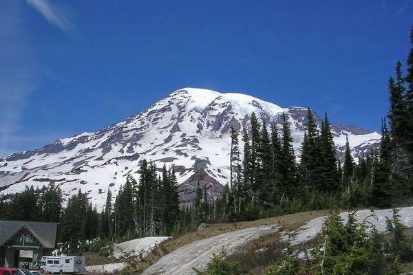 山で道に迷ったハイカー、45分間心臓が停止するも、その後蘇生