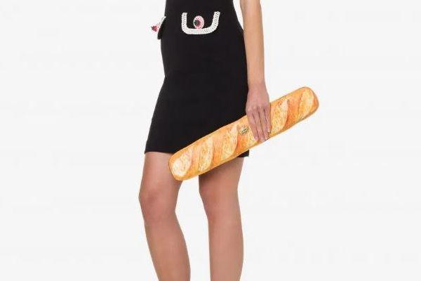 イタリア高級ブランド「モスキーノ」の新作バッグはフランスパン