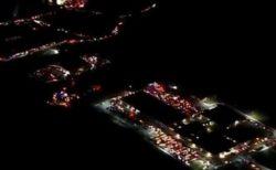 がんと闘う少年を励ますため、全米から2000台以上の車が病院前に集結