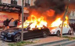 フランスで警察官による黒人暴行事件が発生、激しい抗議デモが行われる