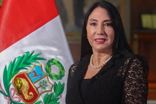 ペルー政府の主要閣僚、抜け駆けして新型コロナワクチンを接種、次々と辞任