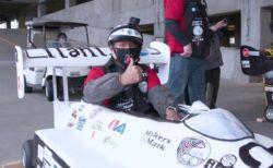 91%ケーキで出来たレースカーにF1ドライバーが乗ってギネス記録