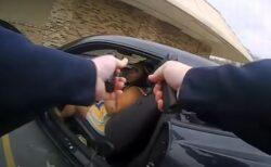 警官と黒人女性が駐車場で撃ち合う、カメラがとらえた現場の様子がショッキング