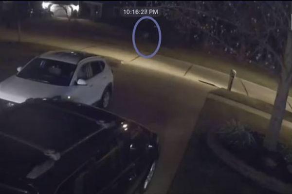 謎の白い影が走っていく映像が公開され、警察官も不思議な出来事を経験【オハイオ州】