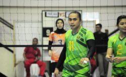 インドネシア女子バレーのトップ選手、引退後男性だったと判明