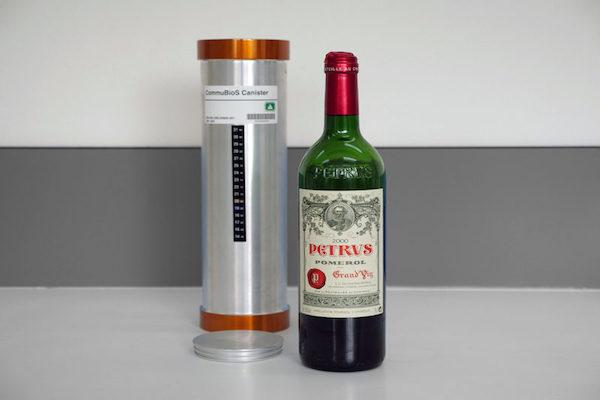 国際宇宙ステーションで寝かせた宇宙のワインが帰還、色と味に違いが