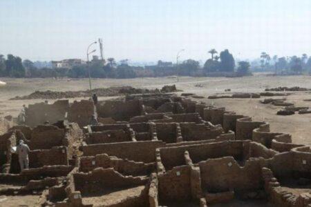 エジプトで「失われた黄金都市」を発掘、ツタンカーメンの墓以来の大発見