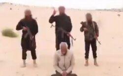 ISISと繋がりのあるテロ組織が、エジプトでキリスト教徒の男性を処刑