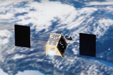 宇宙で初めて人工衛星同士が58mのニアミス、米宇宙軍が衝突アラート発信