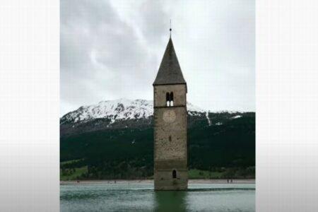 失われたイタリアの村、70年ぶりに湖の底から姿を現す