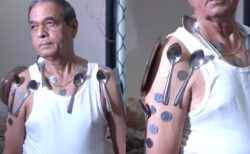 コロナワクチン接種後に体が磁石化したという男性の動画が話題に