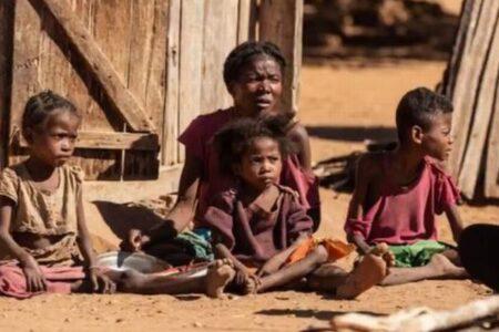 マダガスカルで干ばつにより食糧危機、人々が想像を絶するものを食べていた