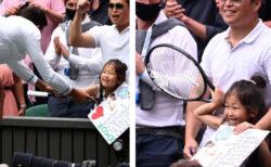 ジョコビッチが勝利のラケットを、幼いファンに手渡し【動画】