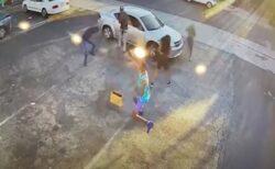 ロサンゼルスの拳銃強盗、被害者から先に撃たれて退散【動画】j