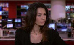 タリバンが生放送中に、BBCの女性キャスターの電話に直接かけてきた!