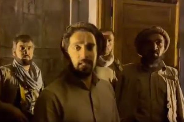 アフガンで反タリバン勢力が結集、SASに訓練された部隊も参加か